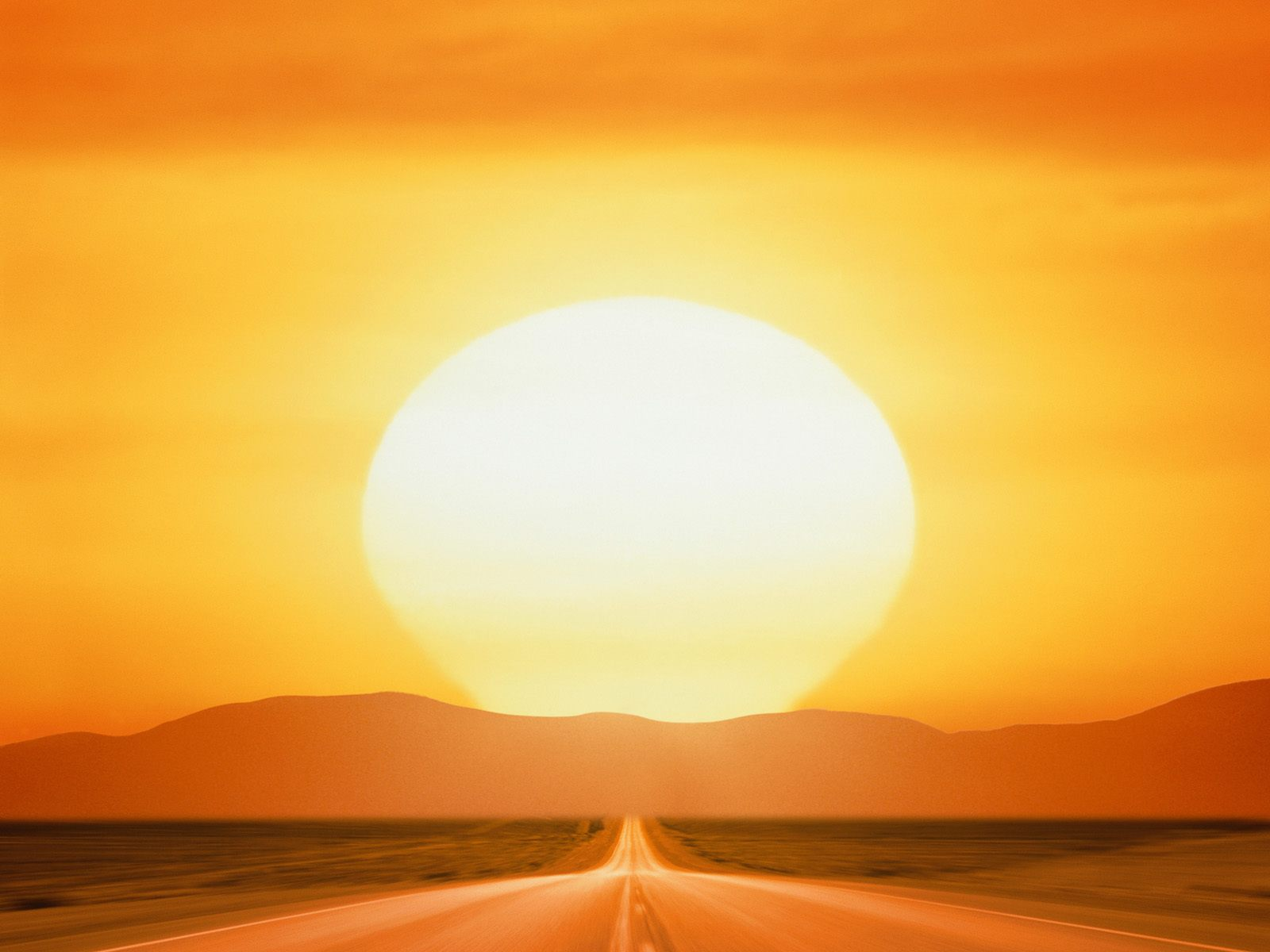 картина със Слънце